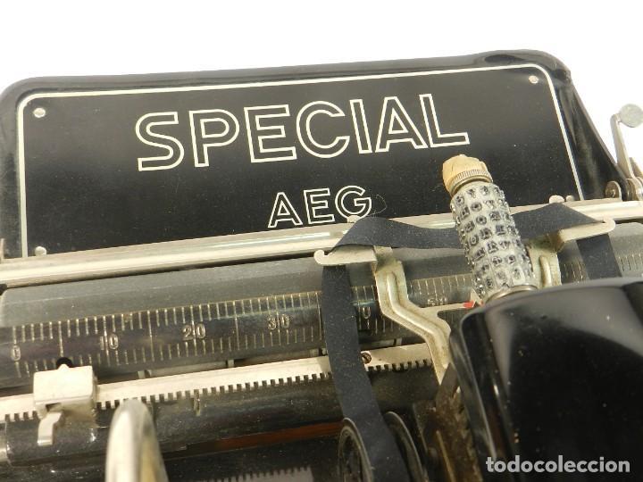 Antigüedades: MAQUINA DE ESCRIBIR ANTIGUA AEG SPECIAL AÑO 1924 TYPEWRITER SCHREIBMASCHINE - Foto 6 - 204408467