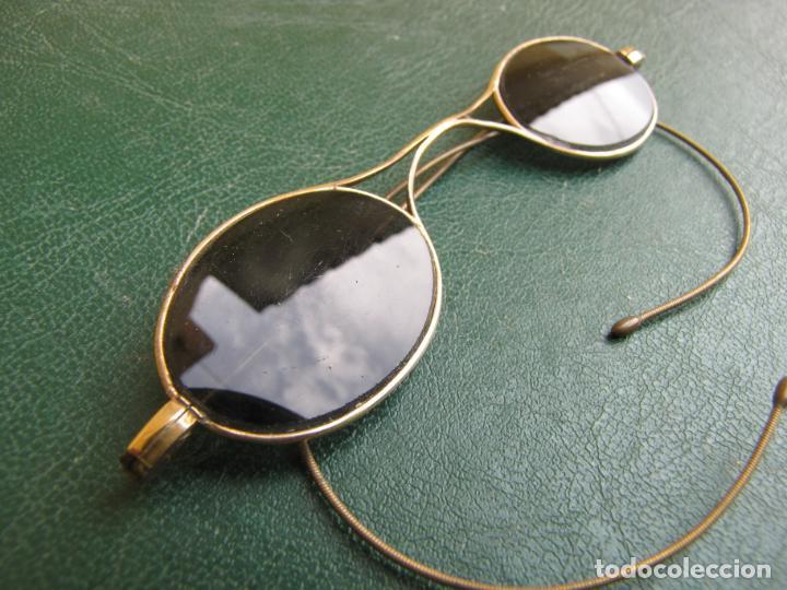 Antigüedades: 6- Antiguas gafas de sol en su funda. Baño oro - Foto 5 - 204462870