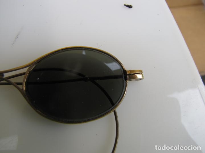 Antigüedades: 6- Antiguas gafas de sol en su funda. Baño oro - Foto 6 - 204462870