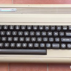 Antigüedades: COMPUTADORA COMPUTER COMMODORE 64. Lote 204590323