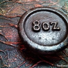 Antigüedades: PESA INGLESA 8 ONZAS. Lote 204600382