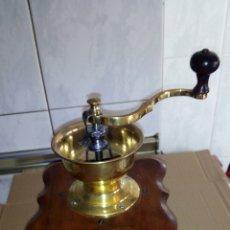 Oggetti Antichi: ANTIGUO MOLINILLOS DE CAFE ,VER FOTOS. Lote 204767112