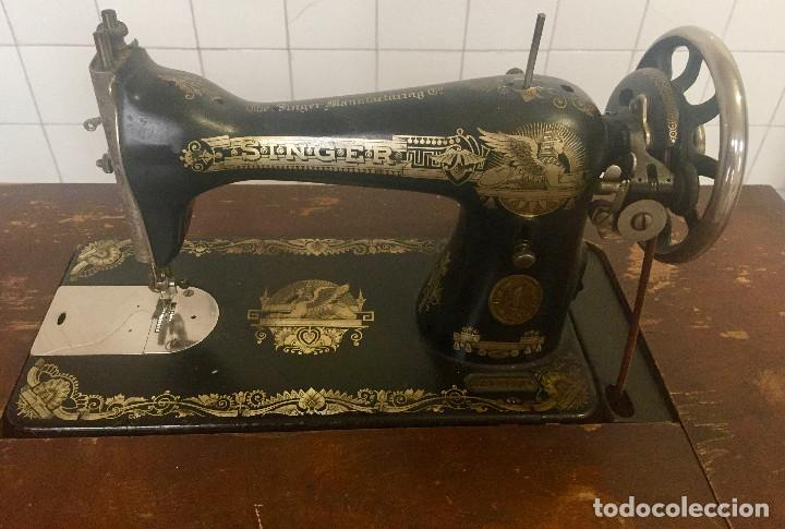 Antigüedades: MAQUINA DE COSER SINGER CON MESA DE MADERA Y PATAS FORJA VINTAGE 1900 FUNCIONA - Foto 3 - 204836838