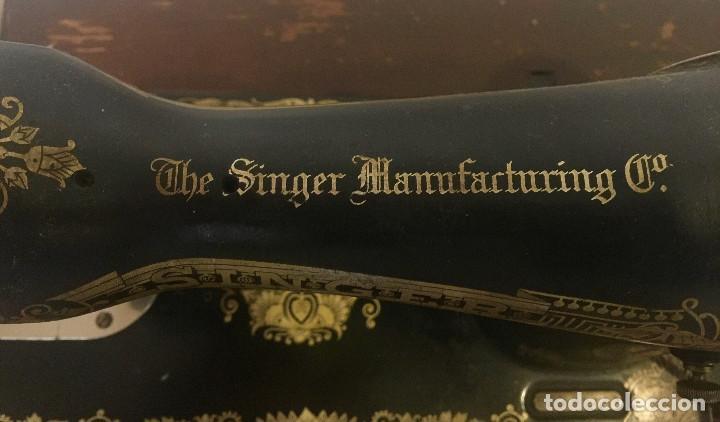 Antigüedades: MAQUINA DE COSER SINGER CON MESA DE MADERA Y PATAS FORJA VINTAGE 1900 FUNCIONA - Foto 7 - 204836838