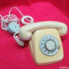 Teléfonos: VIEJO TELÉFONO DE RUEDA COLOR BEIGE. Lote 204837690