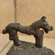 Antigüedades: ANTIGUA PLANCHA ZOOMORFO. Lote 204978230