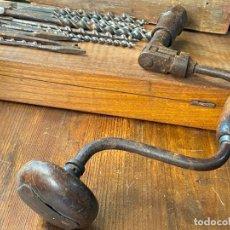 Antigüedades: BERBIQUI Y BROCAS TALADROS DE CARPINTERO. Lote 205098413