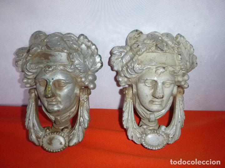 ANTIGUAS LLAMADORES EN HIERRO FUNDIDO (Antigüedades - Técnicas - Cerrajería y Forja - Llamadores Antiguos)