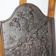 Antigüedades: PLACA DE FONDO DE CHIMENEA DE HIERRO FUNDIDO, S.XIX. Lote 205203185