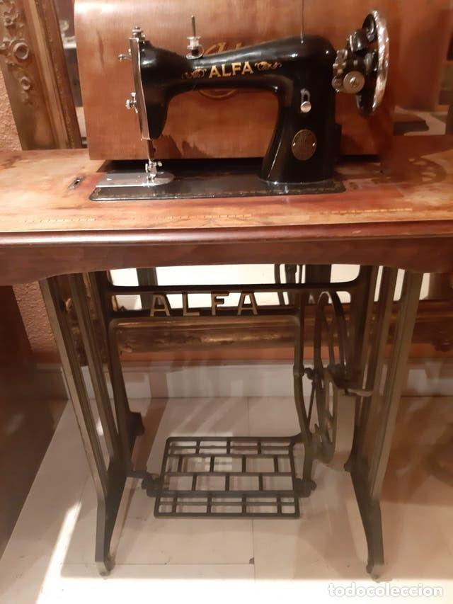Antigüedades: Maquina de coser ALFA - Foto 3 - 205242550