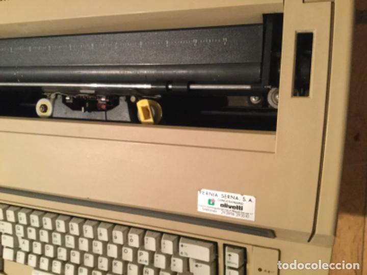 Antigüedades: Máquina de escribir eléctrica IBM - Foto 4 - 205254808