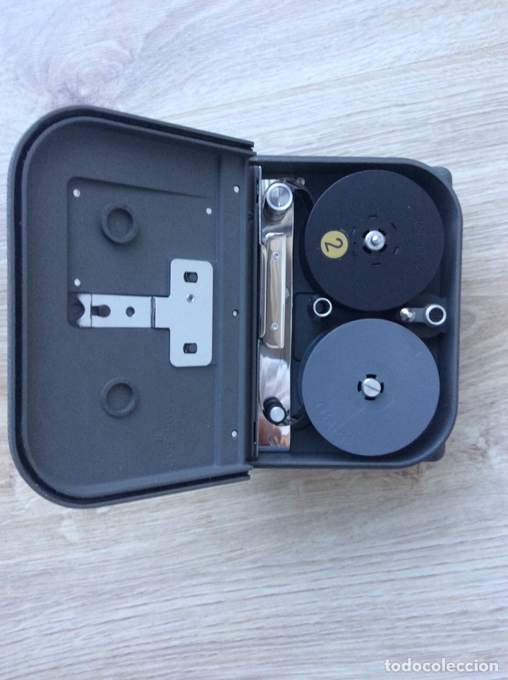 Antigüedades: Cámara Eumig Servomatic [Austria, 1959-61]. Doble8mm, motor eléctrico (pila de petaca) - Foto 5 - 205319061