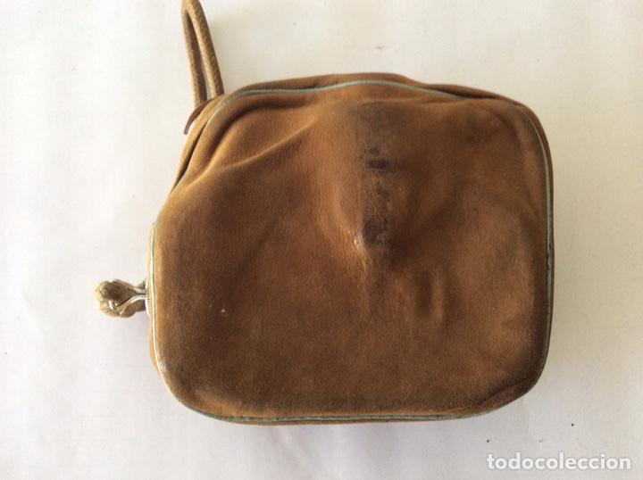 Antigüedades: CÁMARA DE CINE A CUERDA 8mm BAUER 88F CON FUNDA ALEMANA BUEN ESTADO - Foto 6 - 205386666