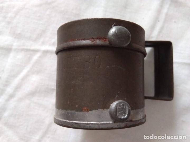 Antigüedades: MEDIDA PARA LÍQUIDOS - MEDIO DECILITRO - Foto 3 - 205390481