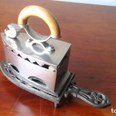 Antigüedades: PLANCHA DE CARBÓN CROMADA PEQUEÑA.. Lote 205403982