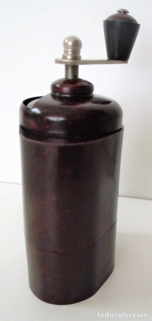 Antigüedades: ESCASÍSIMO MOLINILLO DE CAFÉ DE BAQUELITA MARCA ARMIN TRÖSSER. ALEMANIA. CA. 1920 - Foto 4 - 205574047