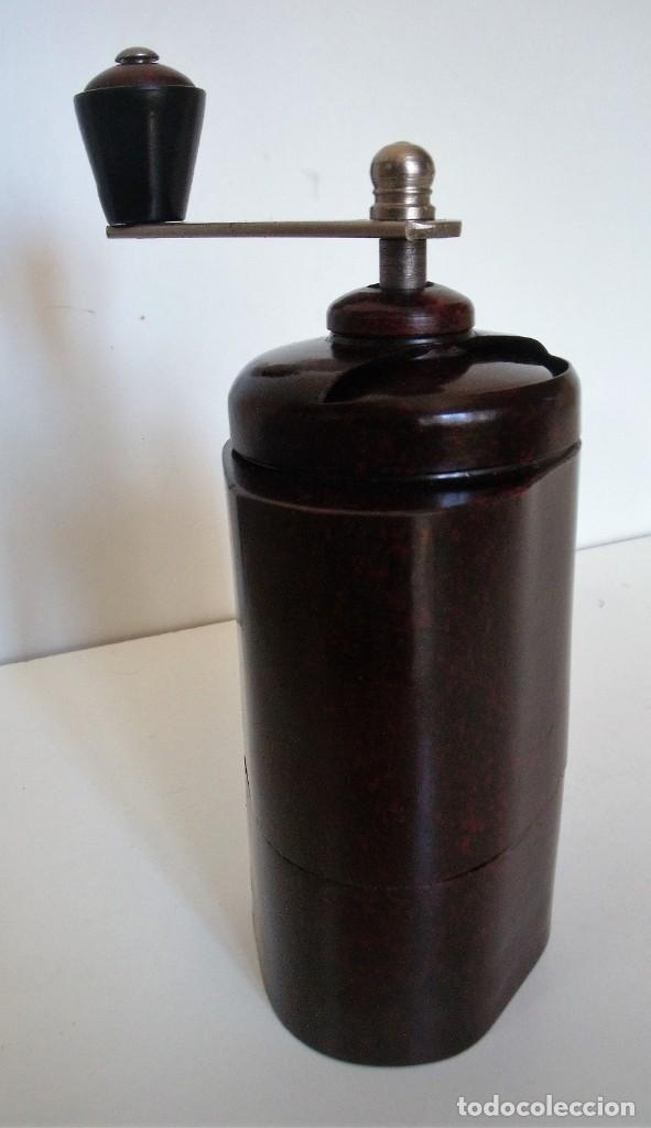 Antigüedades: ESCASÍSIMO MOLINILLO DE CAFÉ DE BAQUELITA MARCA ARMIN TRÖSSER. ALEMANIA. CA. 1920 - Foto 8 - 205574047