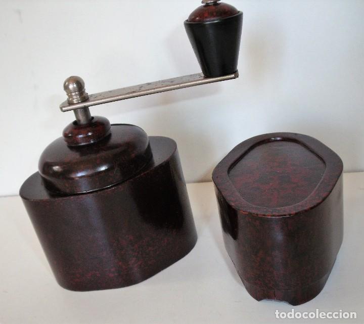 Antigüedades: ESCASÍSIMO MOLINILLO DE CAFÉ DE BAQUELITA MARCA ARMIN TRÖSSER. ALEMANIA. CA. 1920 - Foto 19 - 205574047