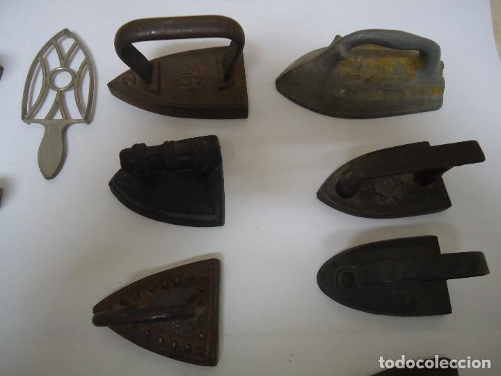 Antigüedades: COLECCION DE 23 PLANCHAS PEQUEÑAS AUTENTICAS ORIGINALES . ALGUNA MUY RARA. - Foto 2 - 205613106