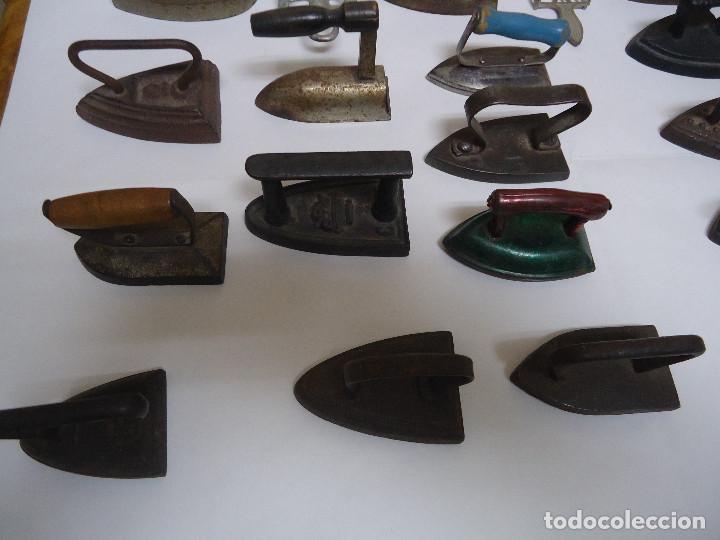 Antigüedades: COLECCION DE 23 PLANCHAS PEQUEÑAS AUTENTICAS ORIGINALES . ALGUNA MUY RARA. - Foto 5 - 205613106