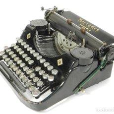 Antigüedades: MAQUINA DE ESCRIBIR MERCEDES SUPERBA AÑO 1936 TYPEWRITER SCHREIBMASCHINE. Lote 205678836