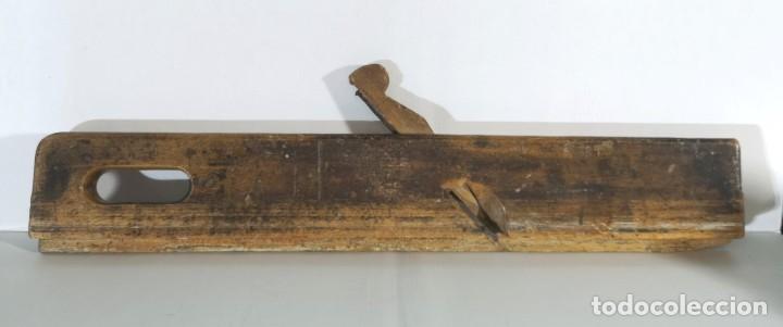 ANTIGUO CEPILLO DE CARPINTERO (Antigüedades - Técnicas - Herramientas Profesionales - Carpintería )