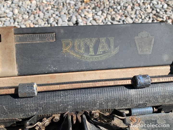 Antigüedades: Encantadora maquina de escribir antigua, marca ROYAL - Foto 11 - 205765687