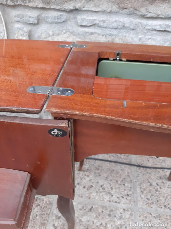 Antigüedades: Máquina de coser alfa 104 - Foto 11 - 205780351