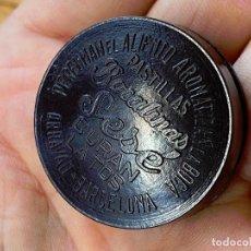 Antigüedades: CAJITA BAQUELITA PASTILLAS BOCALINAS SESE. PARA LA TOS. Lote 205785531