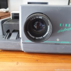 Antigüedades: VINTAGE PROYECTOR DE DIAPOSITIVAS KINDERMANN DIAFOCUS 1500E KINDERMANN COLOR 2,8/90 MC GERMANY. Lote 206390297