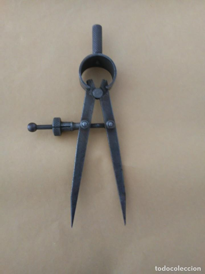 Antigüedades: Compas de hierro antiguo - Foto 2 - 206472592