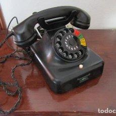 Teléfonos: TELÉFONO DE MESA ALEMÁN ANTIGUO DE BAQUELITA MODELO W48 HECHO EN ALEMANIA A PARTIR FINALES AÑOS 40. Lote 206476086
