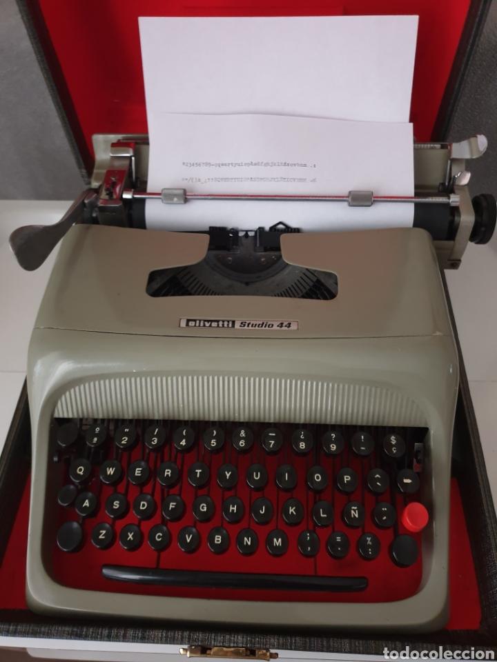 Antigüedades: Antigua máquina de escribir Olivetti - Foto 3 - 206517170