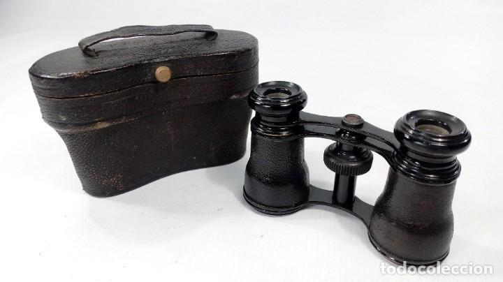 Antigüedades: BINOCULARES O ANTEOJOS DE TEATRO EN PIEL Y METAL LACADO. ÓPTICAS EN PERFECTO ESTADO. S. XIX – XX. - Foto 2 - 206538567