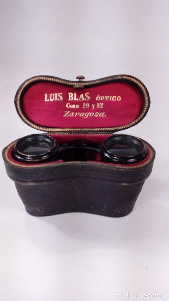 Antigüedades: BINOCULARES O ANTEOJOS DE TEATRO EN PIEL Y METAL LACADO. ÓPTICAS EN PERFECTO ESTADO. S. XIX – XX. - Foto 4 - 206538567