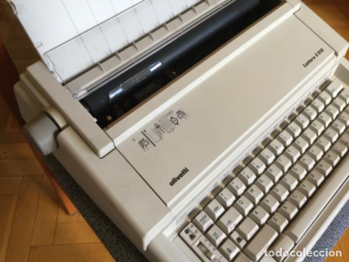 Antigüedades: Maquina de Escribir Eléctrica Olivetti - Foto 5 - 206558476