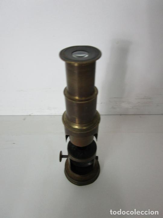 Antigüedades: Microscopio de Campo - Latón - Desmontable, Roscas Perfectas - Circa 1890-1920 - Foto 3 - 206603650