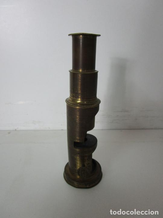 Antigüedades: Microscopio de Campo - Latón - Desmontable, Roscas Perfectas - Circa 1890-1920 - Foto 6 - 206603650