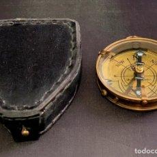 Antigüedades: BRÚJULA DE BARCO - COMPÁS NÁUTICO - CON ESTUCHE DE PIEL - DOLLOND LONDON INSTRUMENTO CIENTIFICO. Lote 206963688