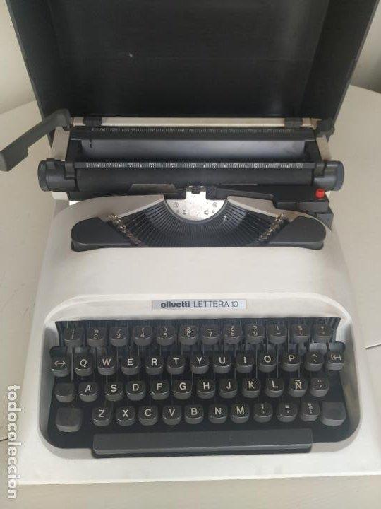 MÁQUINA DE ESCRIBIR OLIVETTI LETTERA 10 + 2 CARTUCHOS CINTA. MALETÍN. FUNCIONANDO (Antigüedades - Técnicas - Máquinas de Escribir Antiguas - Olivetti)