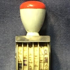 Antigüedades: SELLO NUMERARIO MARCA TRODAT NÚMEROS SIGNOS MATEMÁTICAS DÓLAR SEIS LÍNEAS AUSTRIA XX 11X 4,5X 4,5 CM. Lote 207016310
