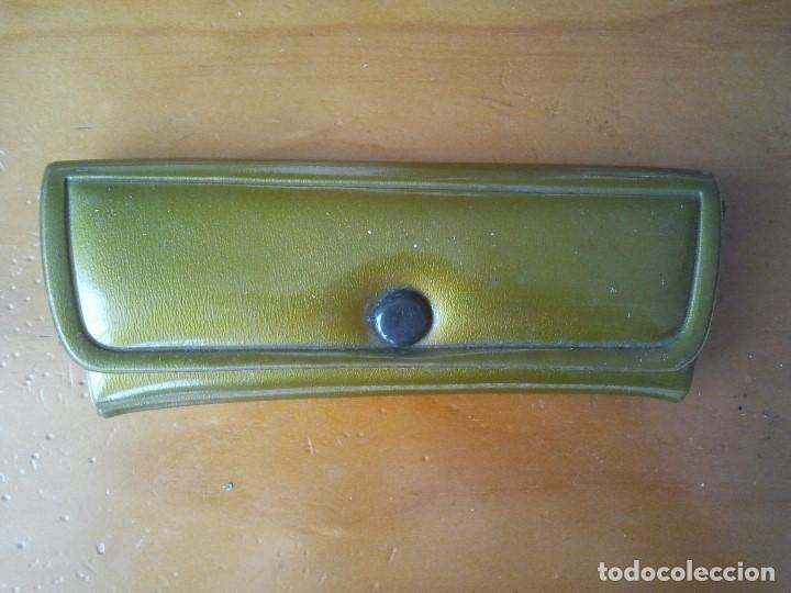 ANTIGUA FUNDA DE GAFAS DE LOS AÑOS 60. FUNDA DE GAFA RETRO DE LA DECADA DE 1960 (Antigüedades - Técnicas - Instrumentos Ópticos - Gafas Antiguas)