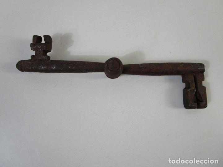 ANTIGUA DOBLE LLAVE DE FORJA PLEGABLE - PIEZA RARA PARA COLECCIONISTA - S. XVIII (Antigüedades - Técnicas - Cerrajería y Forja - Llaves Antiguas)