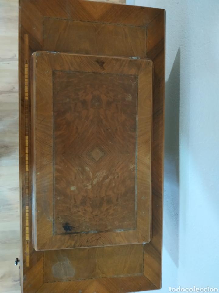 Antigüedades: MAQUINA DE COSER ALFA CON MUEBLE ORIGINAL - Foto 3 - 207127298