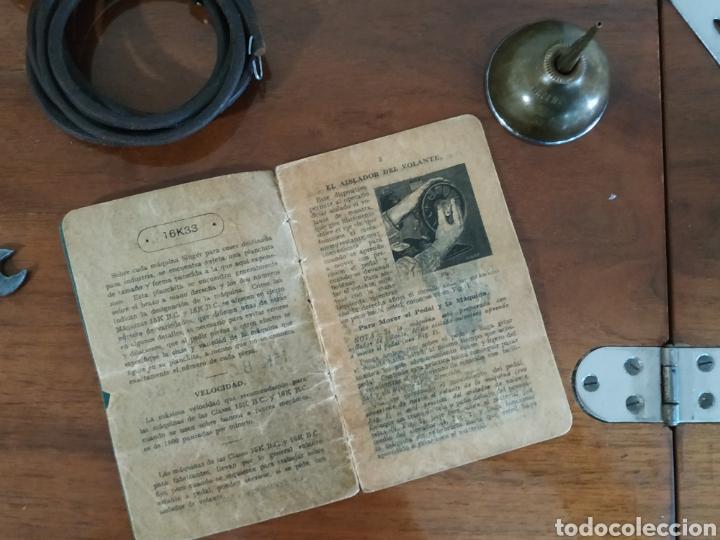 Antigüedades: MAQUINA DE COSER SINGER CON MUEBLE - Foto 8 - 207128593