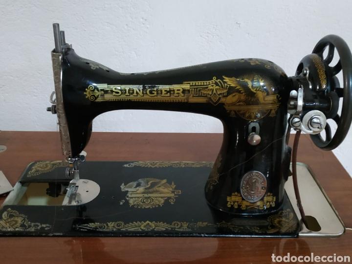 Antigüedades: MAQUINA DE COSER SINGER CON MUEBLE - Foto 15 - 207128593