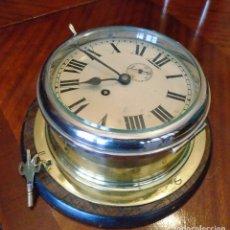 Antigüedades: RELOJ MUY GRANDE DE SALON DE BARCO DE PASAJE,AÑOS 40,8 DIAS DE CUERDA ,INGLES,PULIDO CON LLAVE APERT. Lote 207321841