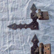 Antigüedades: 2 , BISAGRAS PARA PUERTA CASTELLANA, RUSTICA, ETC. Lote 207394642