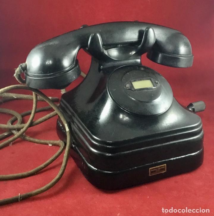 Teléfonos: Teléfono sobremesa baquelita, de magneto, batería local, de Standard Eléctrica, para la CTNE. - Foto 8 - 141304158