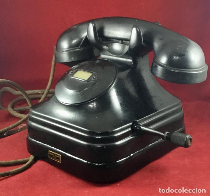 TELÉFONO SOBREMESA BAQUELITA, DE MAGNETO, BATERÍA LOCAL, DE STANDARD ELÉCTRICA, PARA LA CTNE. (Antigüedades - Técnicas - Teléfonos Antiguos)